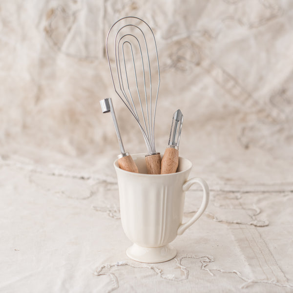* Flat Whisk, Peeler and Corer