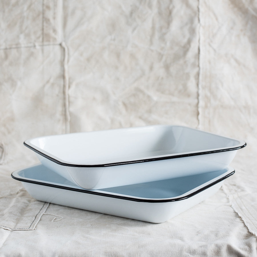 Enamel Baking Dishes