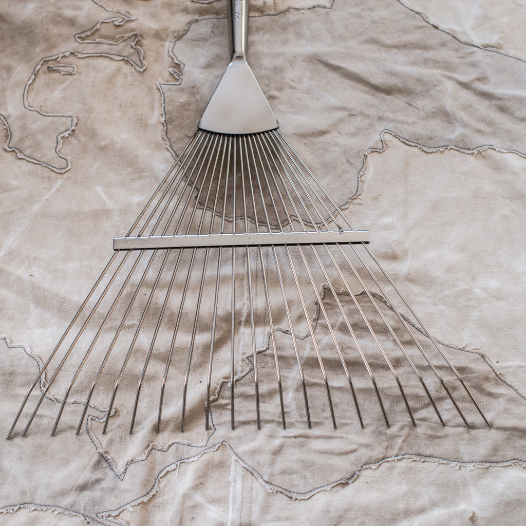 Burgon & Ball Lawn & Ground Rake