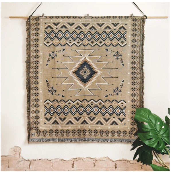 Hey Jude - Woven Picnic Throw Rug