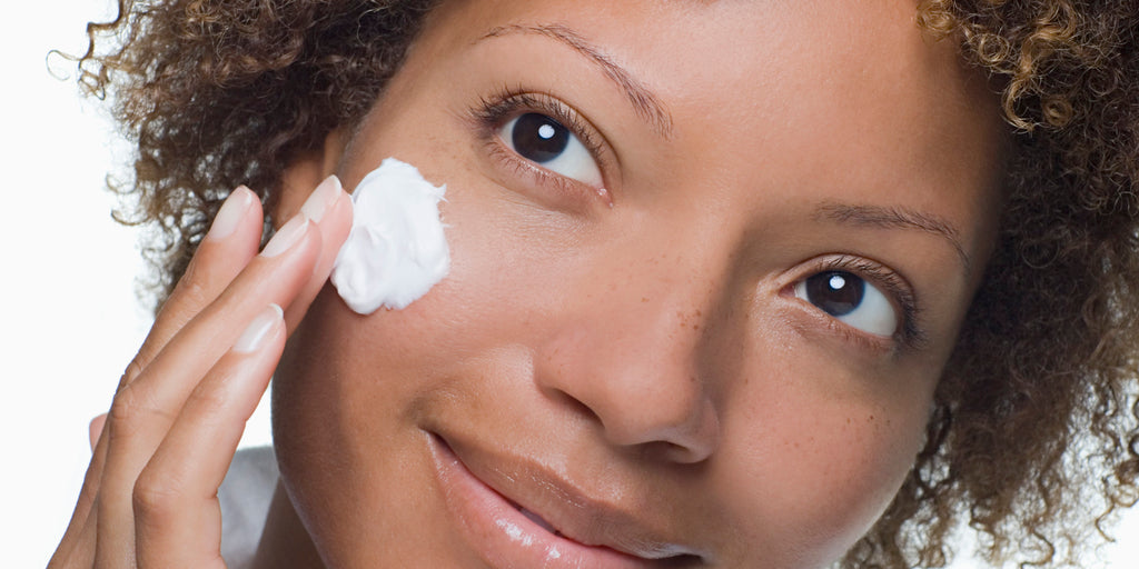 Why You Need To Moisturize Your Skin Every Day