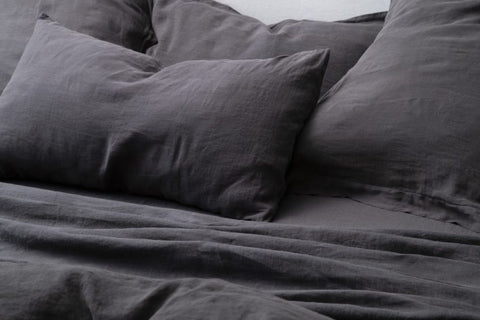 Bemboka Pure Linen Pair of Tailored Pillow Cases - Coal