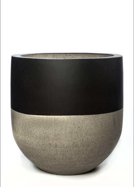 Gigi Concrete Pot - Black Top LARGE