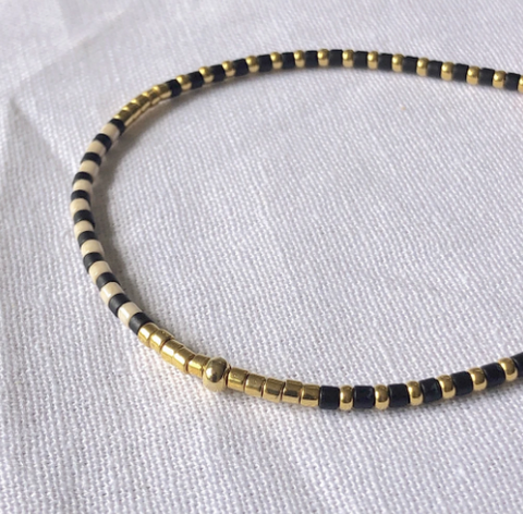 Black & Gold Fine Bead Bracelet