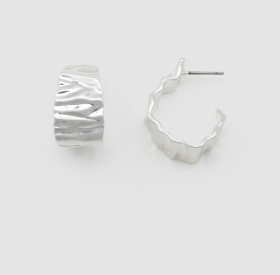 Jolie & Deen Crinkle Hoop Earrings