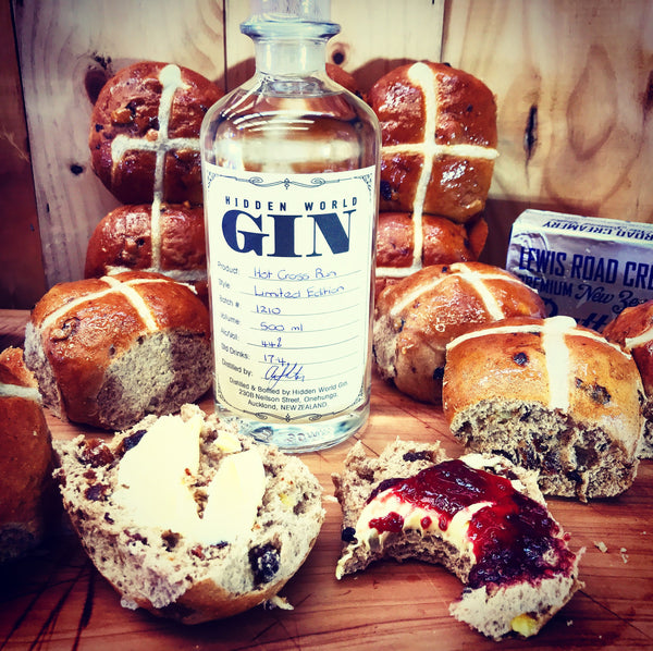 Hot Cross Bun Gin by Hidden World - 500ml - 44% - GinZealand