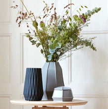 Load image into Gallery viewer, Porcelain Seam Vase - Matte Grey