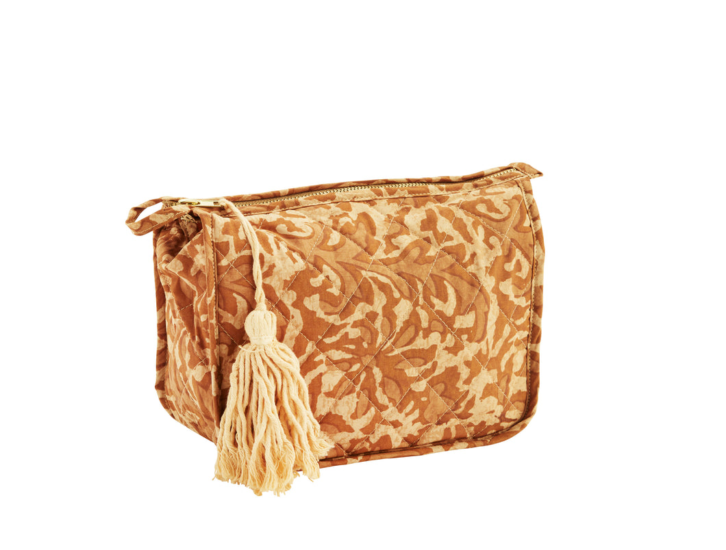 Printed toiletry bag w/tassel