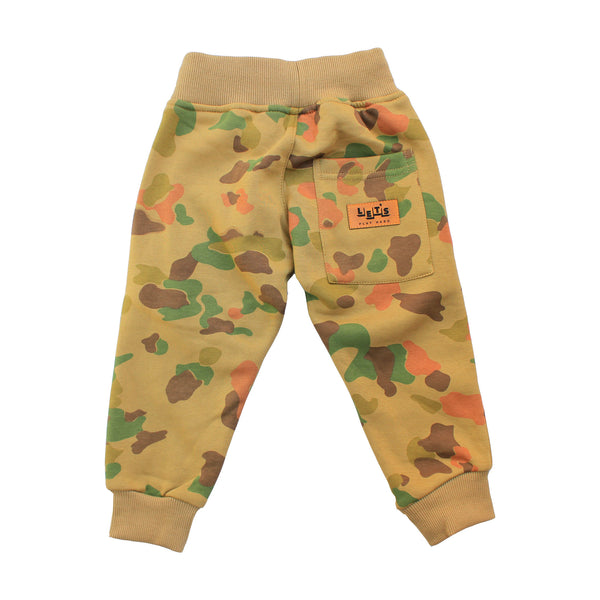 Play Hard Camo Sweatpants