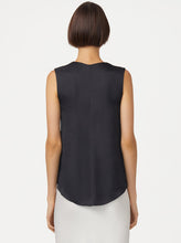 LUXE DELUXE Look Again Sleeveless Top (Black)