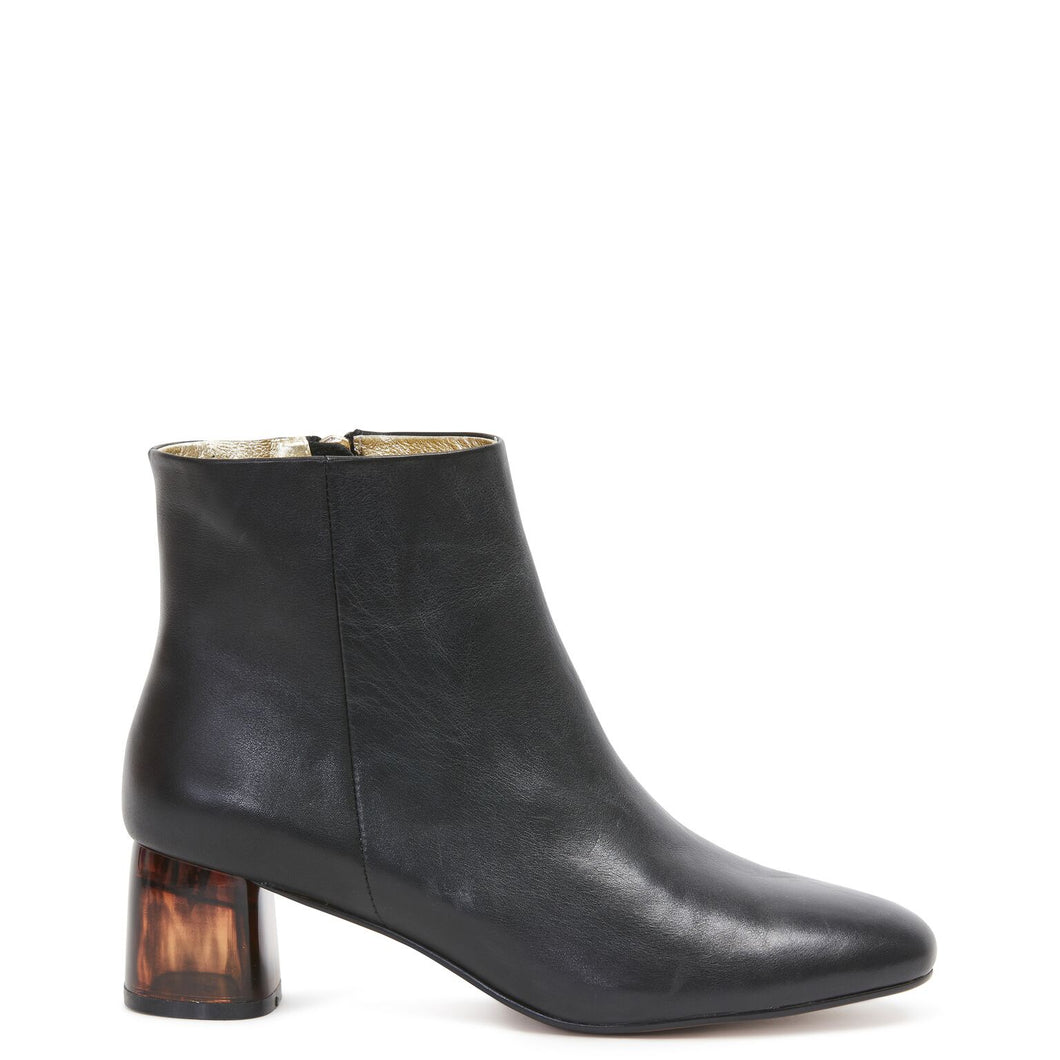MISS WILSON Honey Boot (Black Calf)