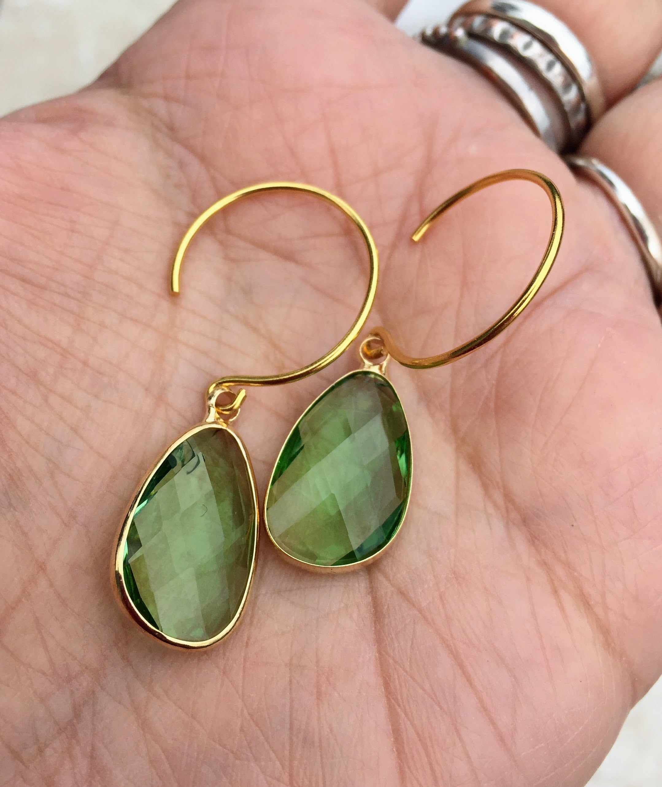 stone product ellie green earrings kendra scott gold normal in stud oval jewelry lyst