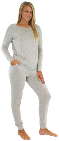 Sleepyheads Women's Raglan Long Sleeve Cuffed Pajama in Light Grey