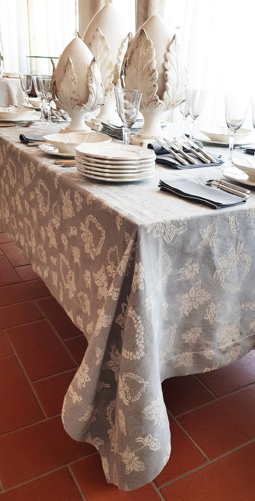 "CUORI DI NATALE -Tablecloth 120x120cm / ""47,2x""47,2"