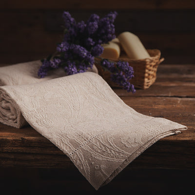 Donna di Coppe - Bath Towel