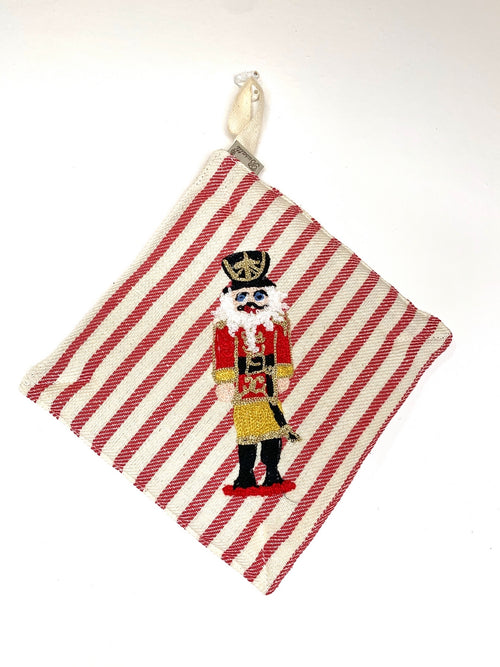 NUTCRACKER - POT HOLDER