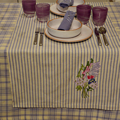 Melograno - Table runner with embroidery