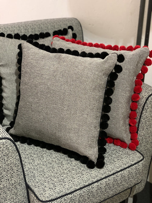 CUSHION WITH POM POM - ANTICO CASENTINO