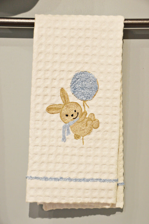 BUNNY WITH BALLOON - GUEST TOWEL