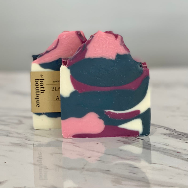 black raspberry & vanilla artisan soap