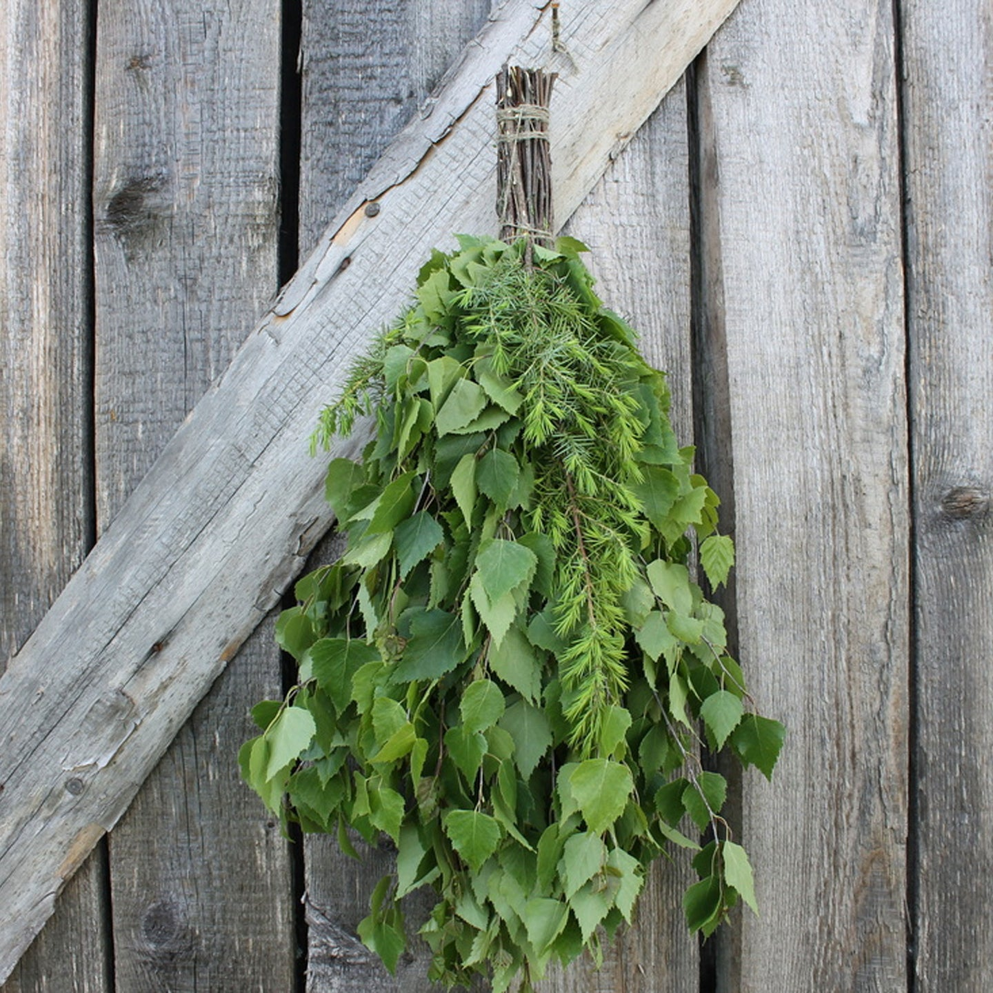 Dried Hand Made Sauna Whisk / Sauna Vihta - Birch & Juniper  Sauna Whisks / Sauna Vihta Finnmark Sauna