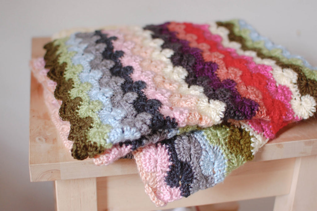 Catherine Wheel Stitch Crochet Blanket Pattern