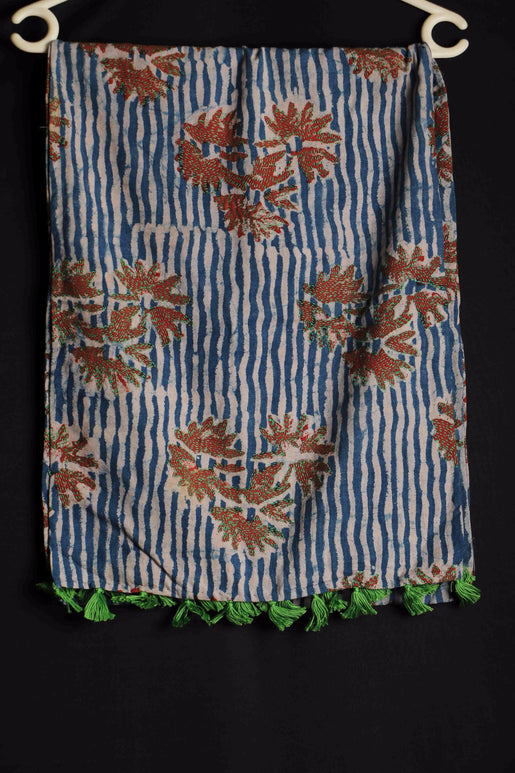 Floral Lines III Sujani embroidered cotton stole