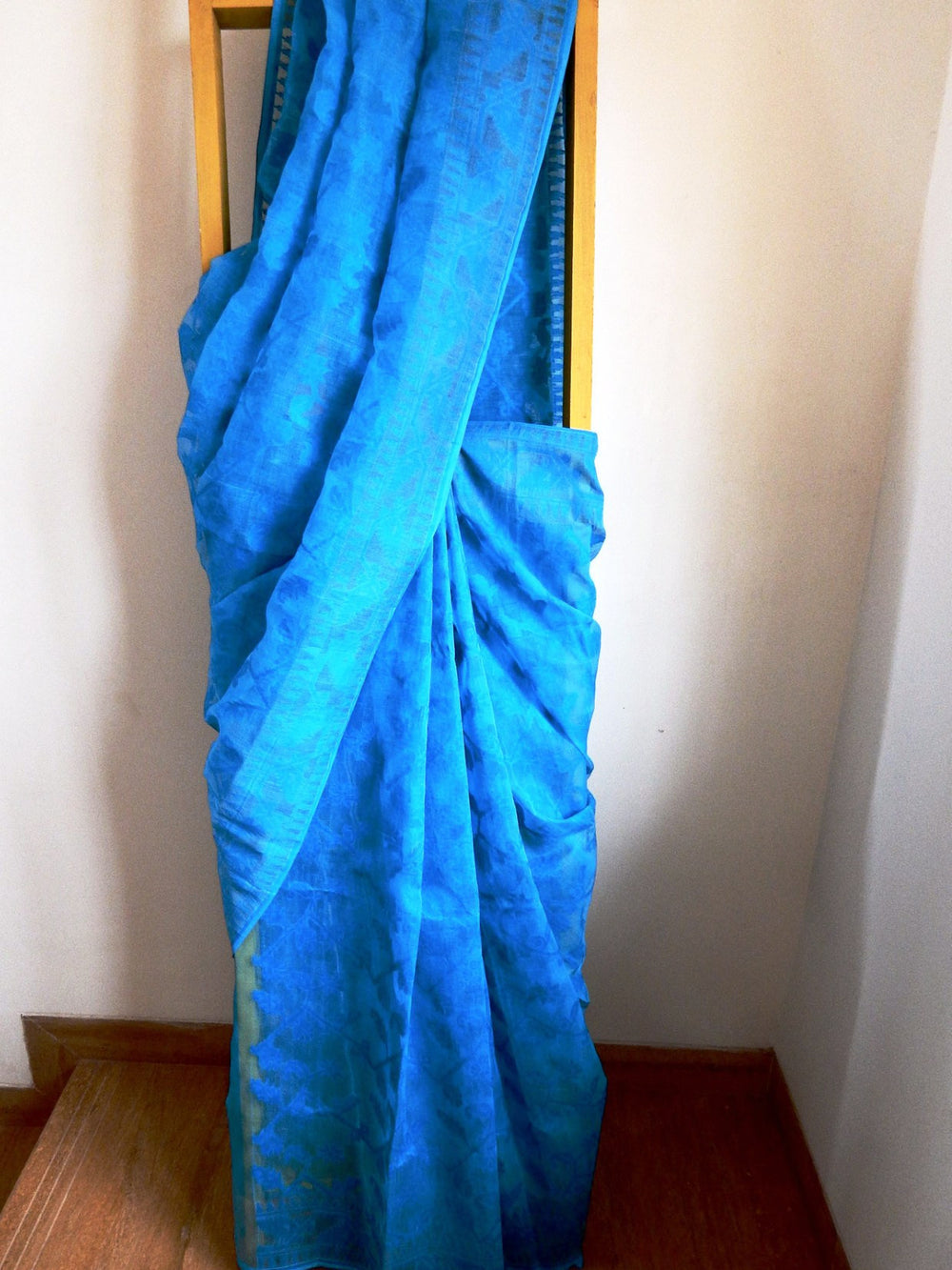 Bengal weaves series featherlight V jamdani saree a