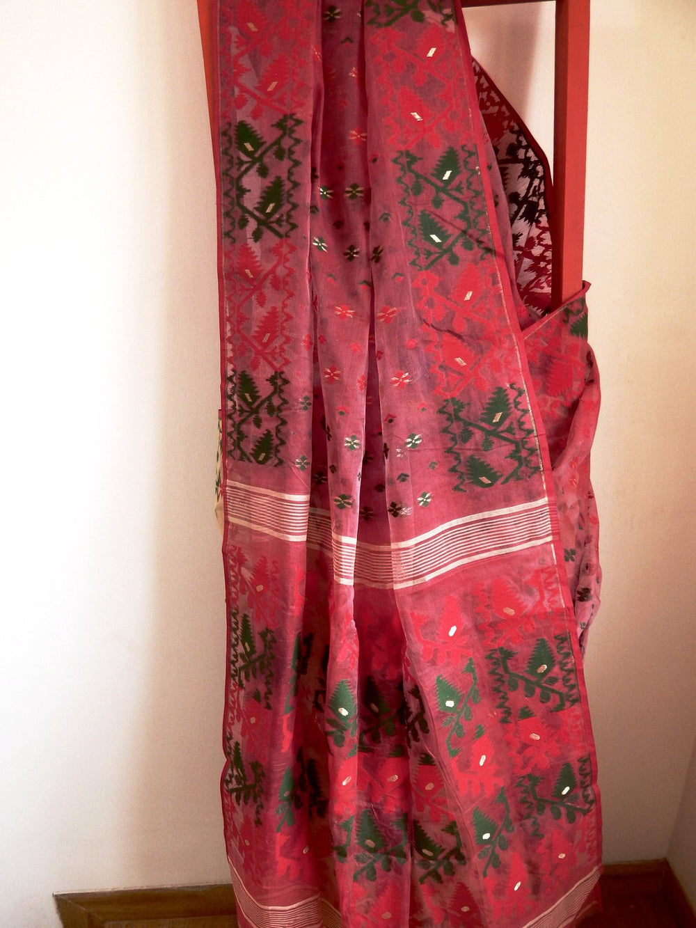 Bengal weaves series featherlight VII jamdani saree d