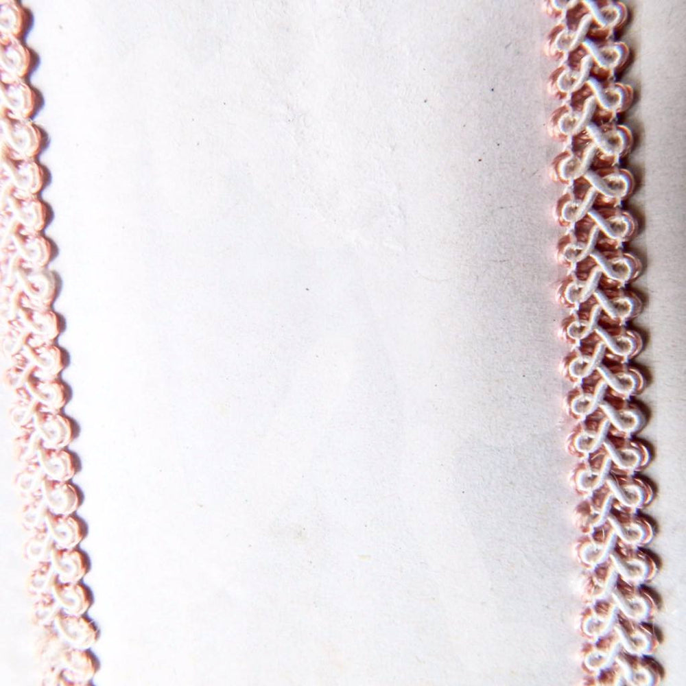 Knotted curls II knitted border a