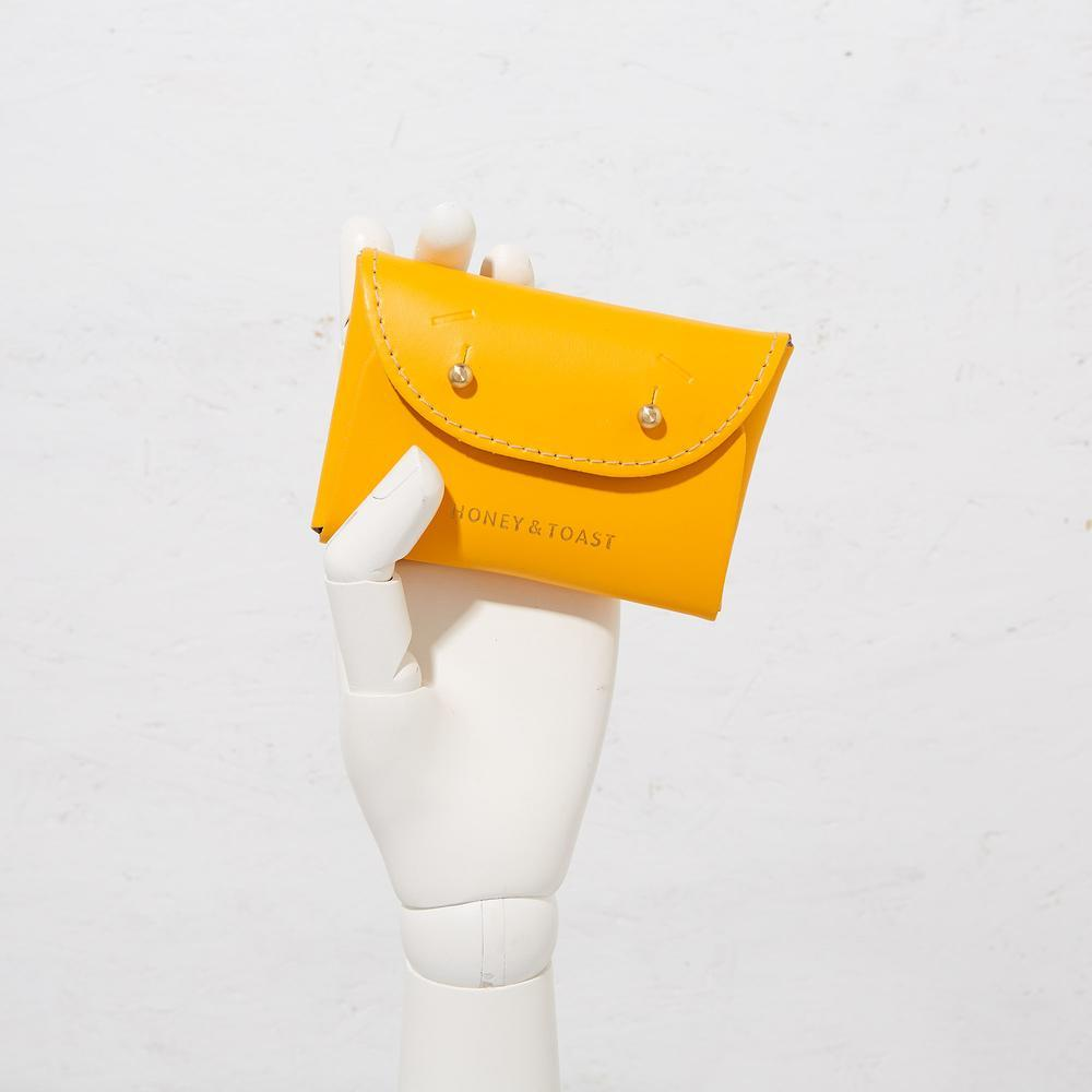 Jester Card Holder - Yellow Card Holder Honey & Toast