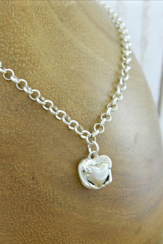 Small Traditional Heart Charm Bracelet