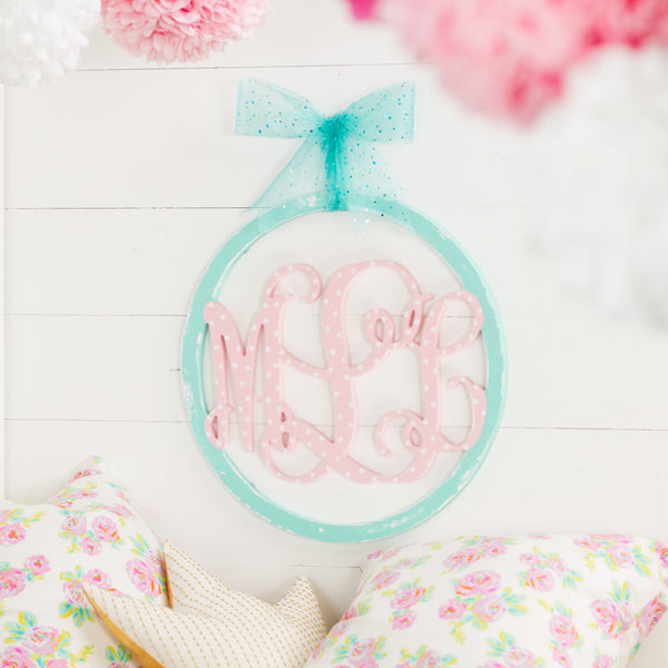 3 Letter Monogram with Circle Frame