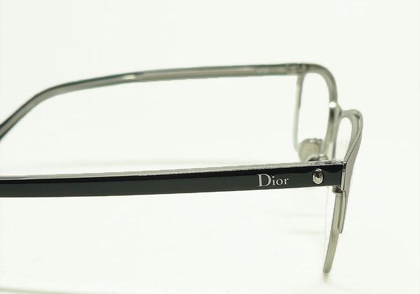 Christian Dior Montaigne 32