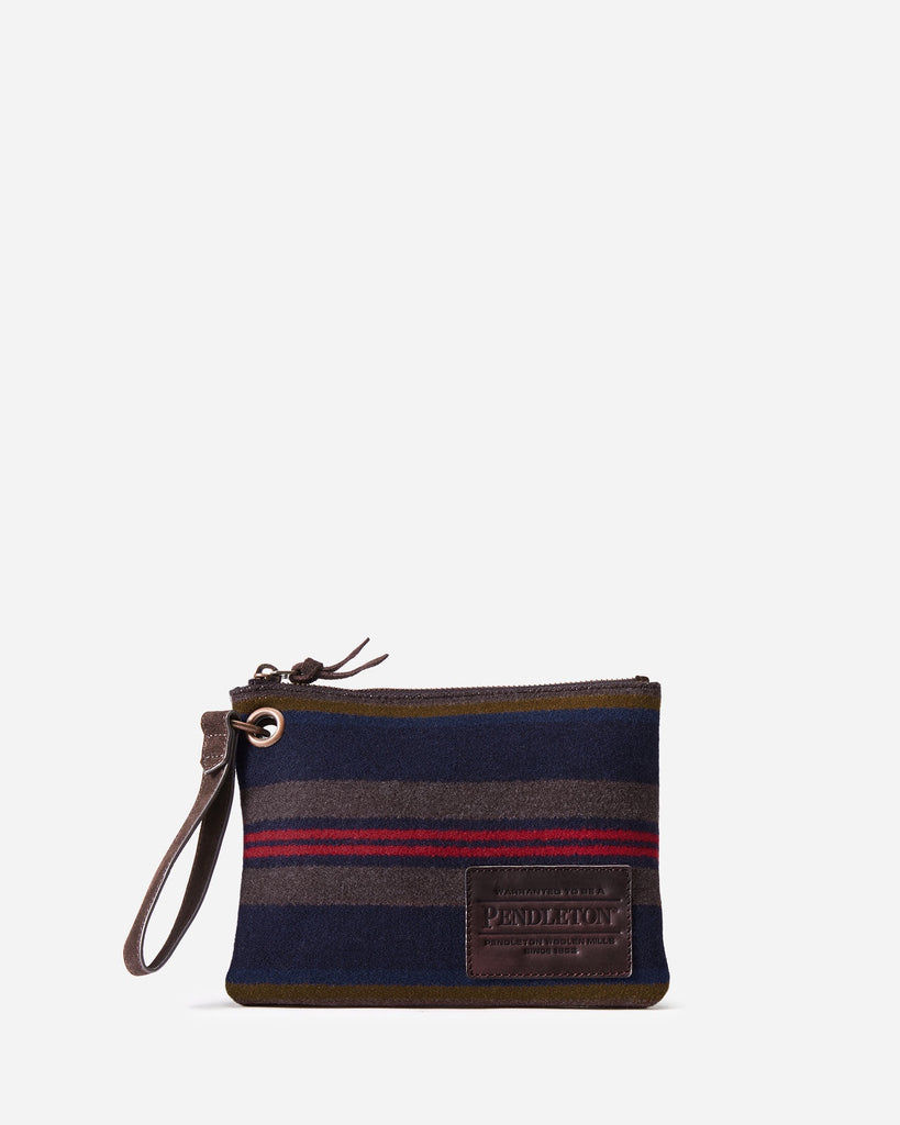 Pendleton Shelter Bay Clutch with Grommet - Saratoga Saddlery & International Boutiques