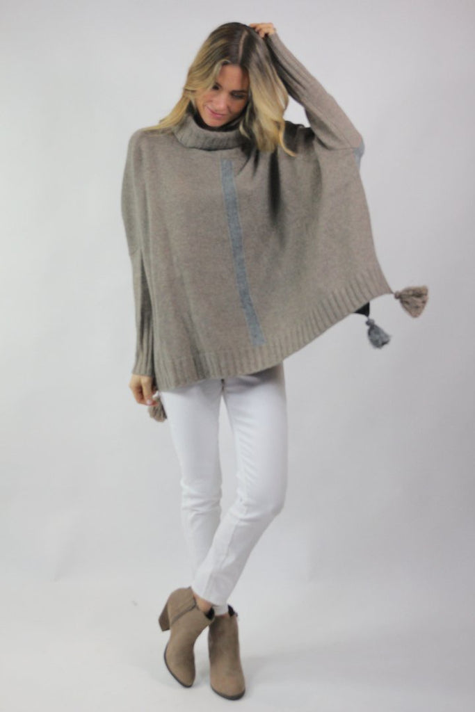 Islefield Devon Poncho - Saratoga Saddlery & International Boutiques