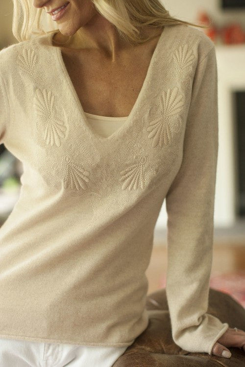 IsleField Isla Notch Embroidered Top in Natural