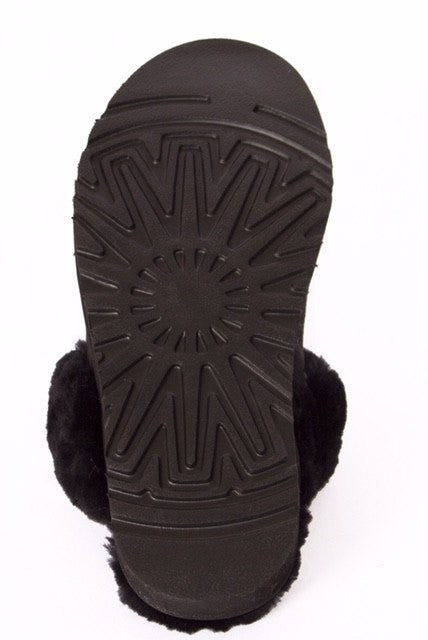 Outback Survival Gear Bergen Scuff Sheepskin Slippers Black - Saratoga Saddlery