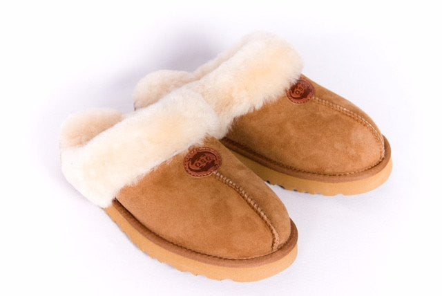 Outback Survival Gear Bergen Scuff Sheepskin Slippers Chestnut - Saratoga Saddlery