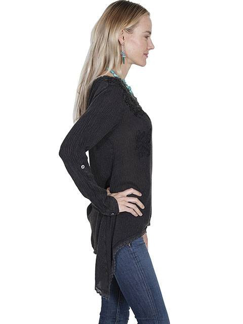 Scully Women's Shark Bite Blouse in Black