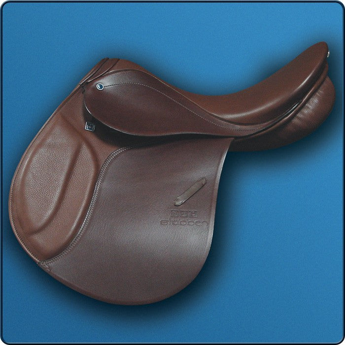 Stubben Roxane VSS Close Contact Saddle - Saratoga Saddlery