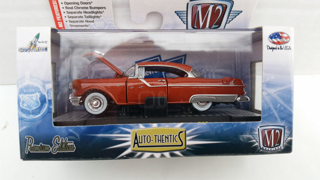M2 Machines Auto-Thentics, Release 30, 1955 Pontiac Star Chief, Brown Roof