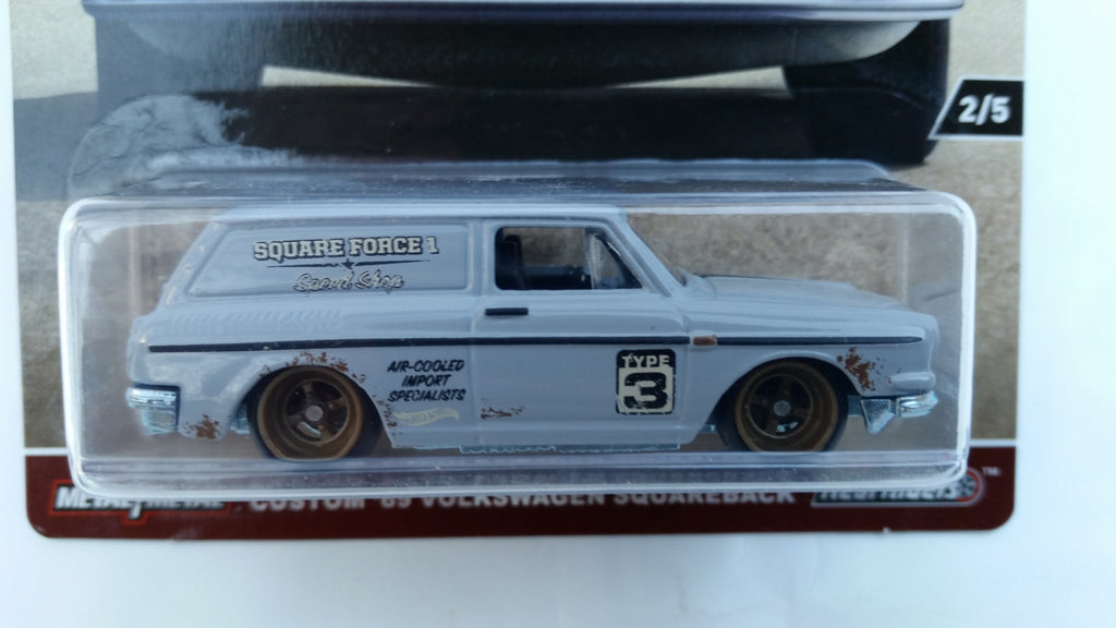 Hot Wheels Car Culture, Air Cooled, Custom '69 Volkswagen Squareback - Damaged Card
