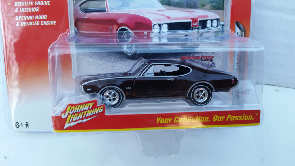 Johnny Lightning Muscle Cars 2016, Release 2B, 1969 Olds Cutalss 442