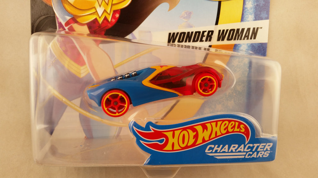 Hot Wheels DC Superheros Girls, Wonder Woman