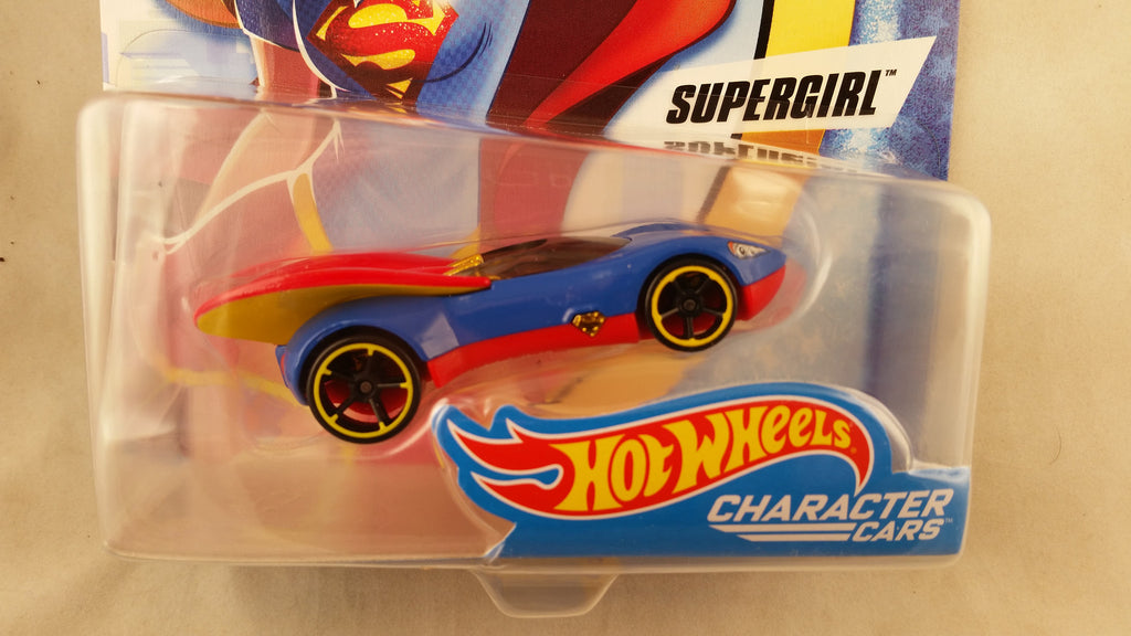 Hot Wheels DC Superheros Girls, Supergirl