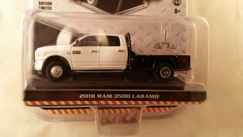 Greenlight Dually Drivers, Series 1, 2018 Ram 3500 Laramie - White