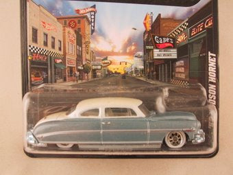 Hot Wheels Boulevard '52 Hudson Hornet