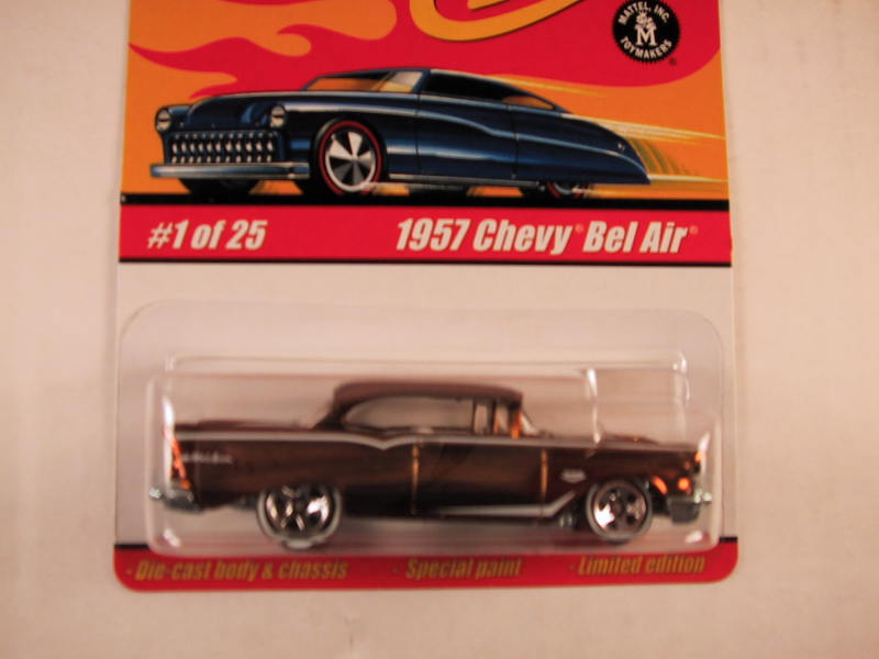 Hot Wheels Classics, Series 1, #01 1957 Chevy Bel Air, Gold