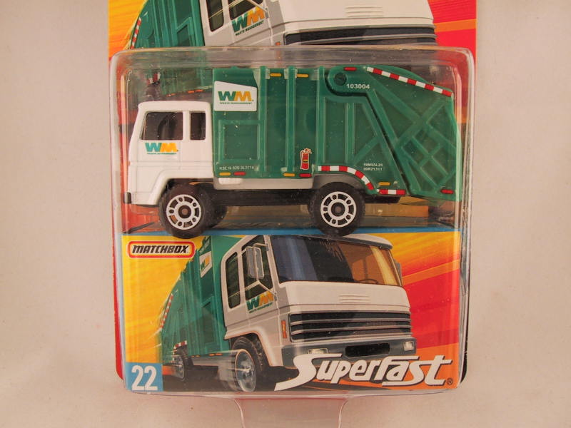 Matchbox Superfast 2006-2007, #22 Refuse Truck - Damaged Card